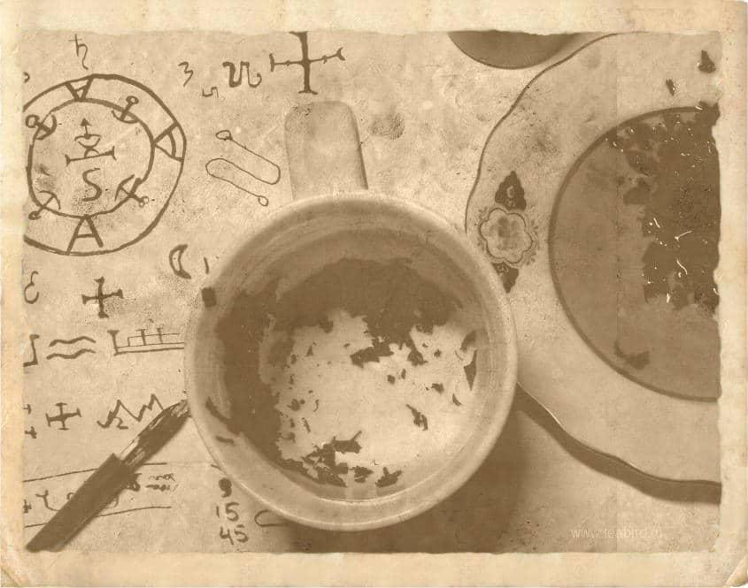 Тассеография - гадание по чайной гуще.